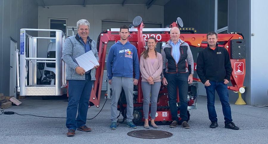 Rothlehner Arbeitsbühnen - Mehrere Easylift Raupenbühnen in kurzer Zeit ausgeliefert
