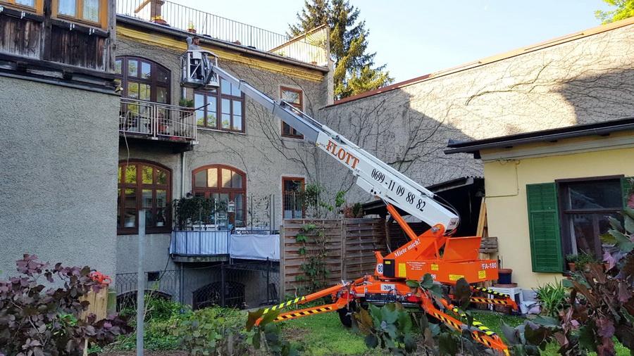 Rothlehner Arbeitsbühnen - DENKA-LIFT DK18 für Stammkunden Flott in Österreich