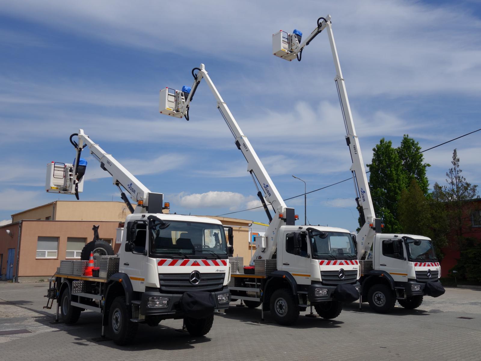 Three GSR E180TJ for energy supplier