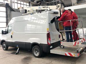 Rothlehner Arbeitsbühnen - GSR E140TJV auf Iveco für Telekommunikations-Firma auf Rügen
