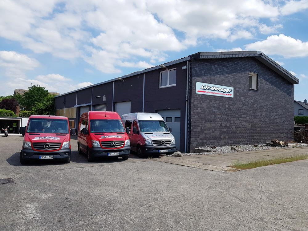 Rothlehner Arbeitsbühnen - Neue Lift-Manager Niederlassung bezogen