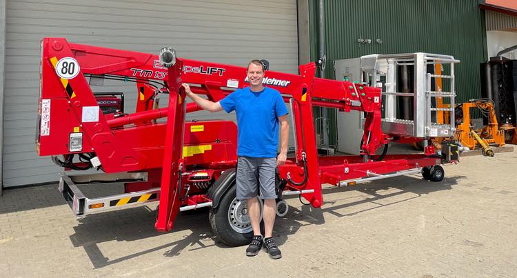 Rothlehner Arbeitsbühnen - Maschinenring erhält Europelift TM13T