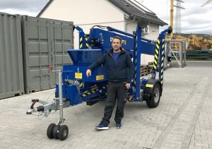 Rothlehner Arbeitsbühnen - blue DENKA-LIFT DK18 for electrical company