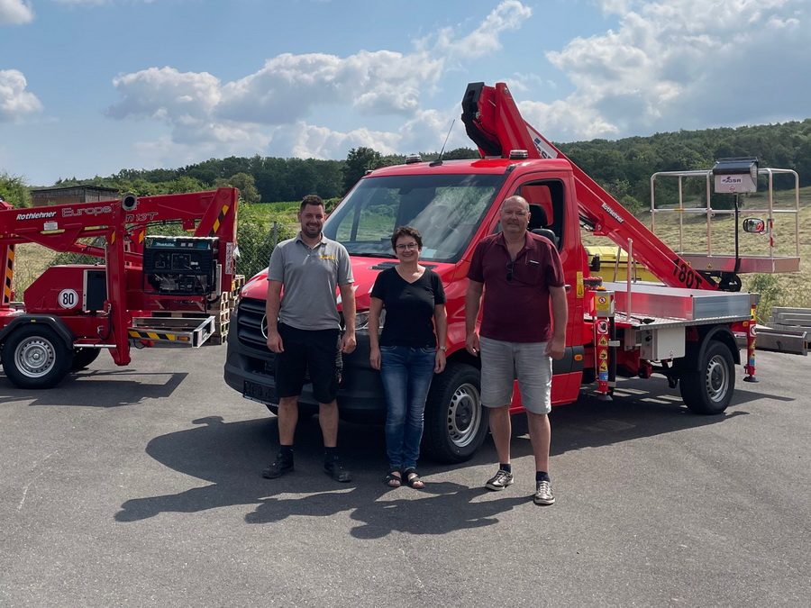 Rental company receives two new machines