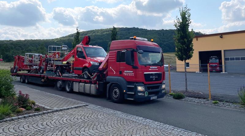 Rothlehner Arbeitsbühnen - Rental company receives two new machines