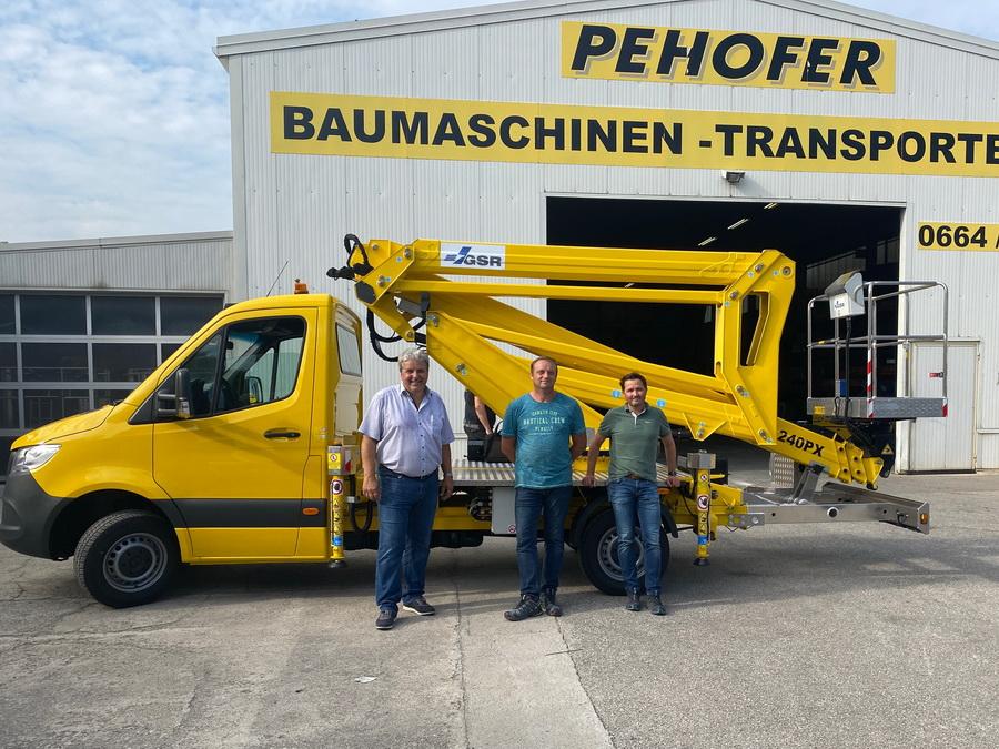 Pehofer GmbH erhält zwei GSR B240PX
